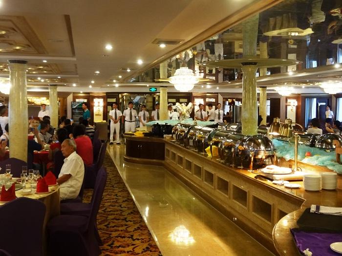 Yangtze Gold 5. Ресторан