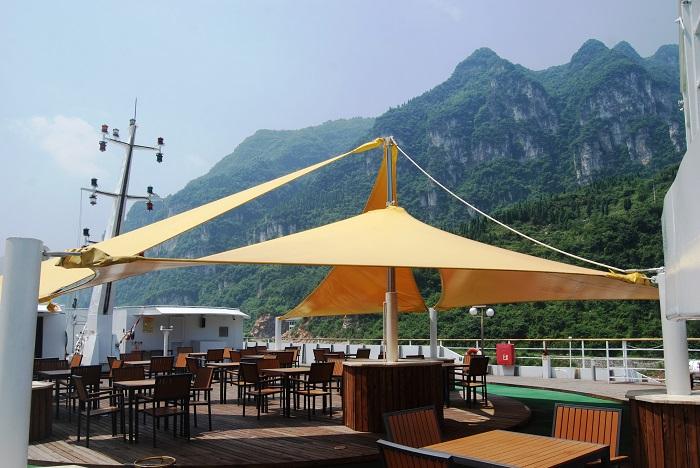 Yangtze Gold 5. Солнечная палуба