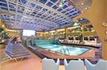 Costa Favolosa. Pool di Porpora