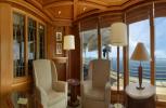 Island Princess. Churchill Lounge
