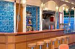 Norwegian Pearl. Sky High Bar