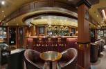 Sapphire Princess. Бар Churchill Lounge