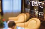 Silver Cloud. Internet Cafe